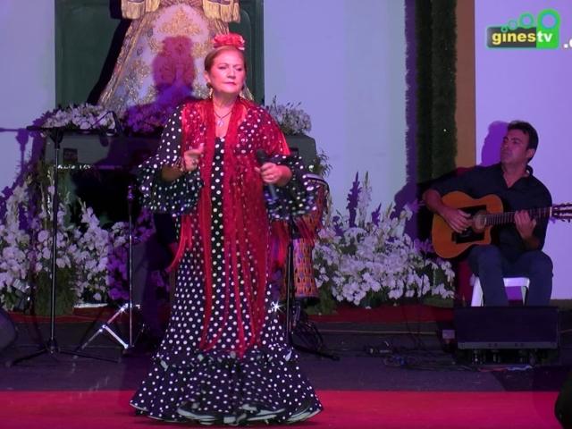 Actuación de María de la Colina en Una Pará en Gines 2019.
